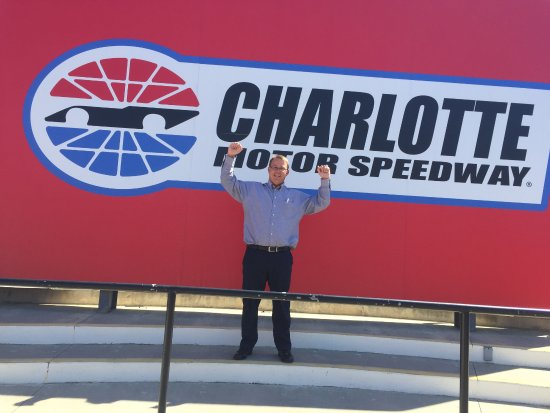 Winner 39 S Circle Picture Of Charlotte Motor Speedway