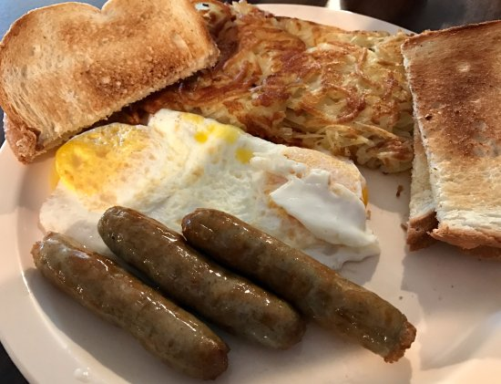 Thief River Falls, MN: Sunday morning breakfast
