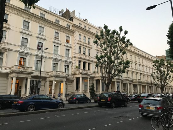 Hotels Around Lancaster Gate London