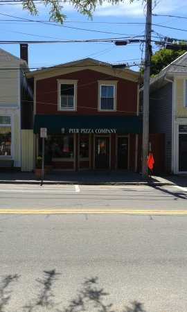 Pier Pizza Co.