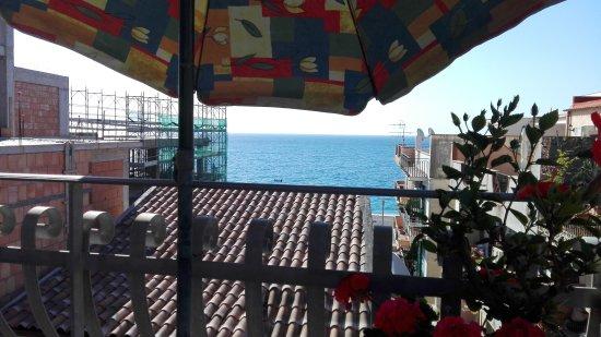 Casa Vacanza Donna Carmela: IMG_20170624_084152_large.jpg