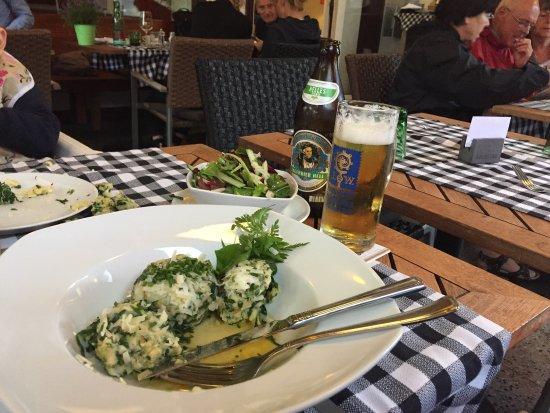 Restaurant Schoenbrunn: Rainy Day