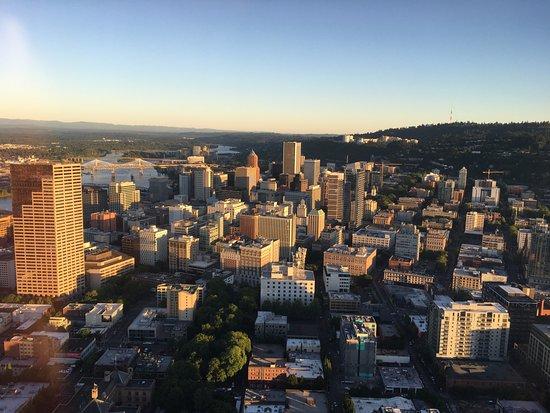 Hillsboro, Oregón: Portland 30 minutes before sunset