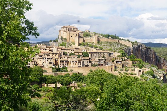 Alquezar, Spanien: walled city and fortress