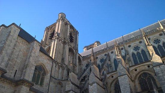 Bourges, Frankrike: Vue de l'extérieur