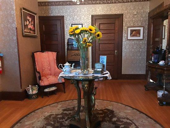 600 Main, A Bed & Breakfast and Victorian Tea Room: photo0.jpg