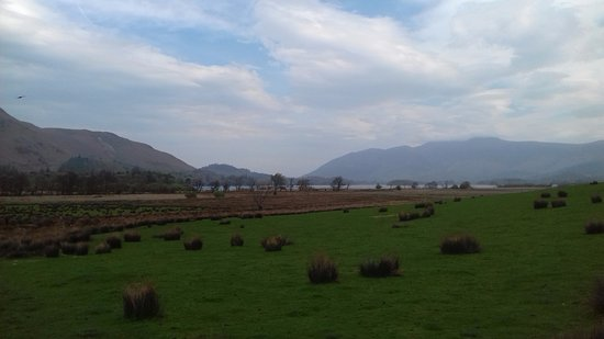 Borrowdale, UK: View from road outside hotel.