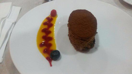 Lavern, Spania: tarta de chocolate amargo