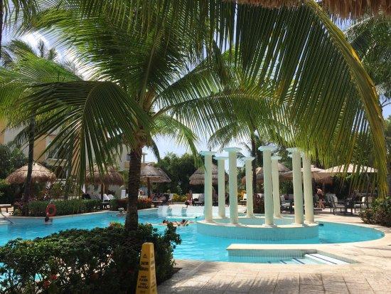 picture of grand palladium white sand resort. Black Bedroom Furniture Sets. Home Design Ideas