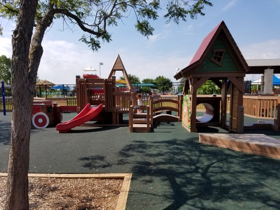 Rowlett, Teksas: Kid's Kingdom is the place for kids of all ages.
