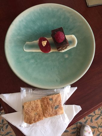 The Table Bay Hotel: Welcome treat in the room
