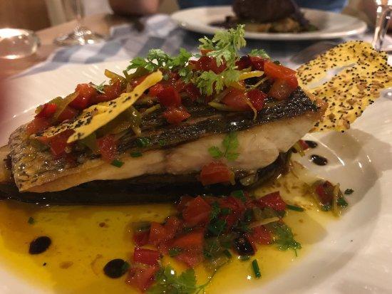 Hotel Restaurant La Placa: Celebramos nuestra boda en la Plaça, un lugar muy especial para la familia donde siempre comemos