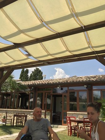 Alanno, Italia: photo2.jpg