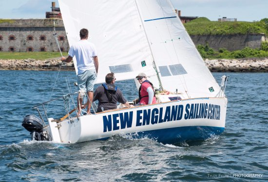 Jamestown, RI: J22 Sailing for Basic Keelboat Training. Courtesy of Tyler Fields Photography.