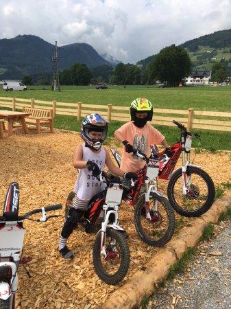 Fugen, Østrig: Family Erlebniswelt, BMX- und E-Trail-Parcours
