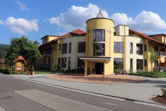 Haslach im Kinzigtal, Germany: New 2017 building is modern, with amazing rooms, great balconies, terrific bar, and wellness cen