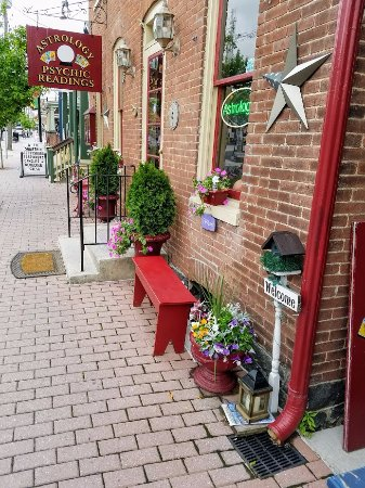 Country Inn & Suites by Radisson: Short Drive to Downtown Gettysburg