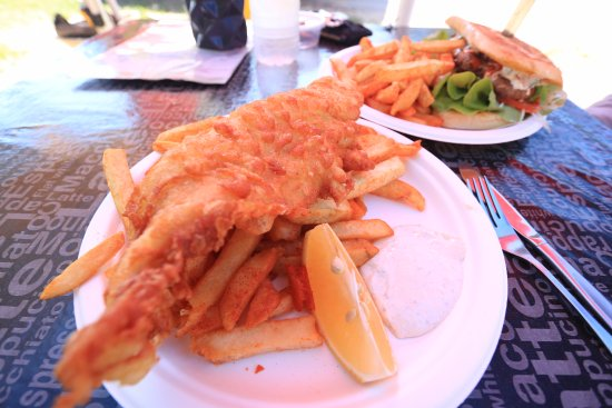 Mission Beach, Australia: Long Ranger, fish and chips