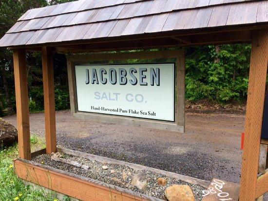 Tillamook, OR: Just a short walk down the driveway to tasty salt!