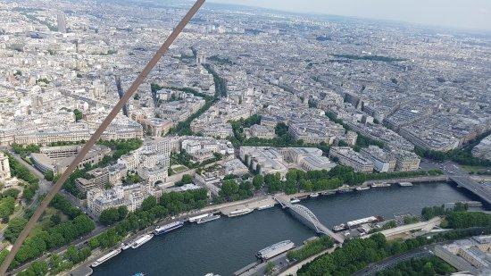 20170529 124334 Large Jpg Picture Of Eiffel Tower Paris