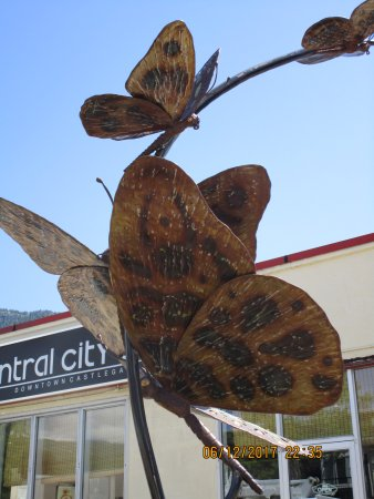 Castlegar, Canada: Amazing butterfly sculpture by artist Angellos Glaros.