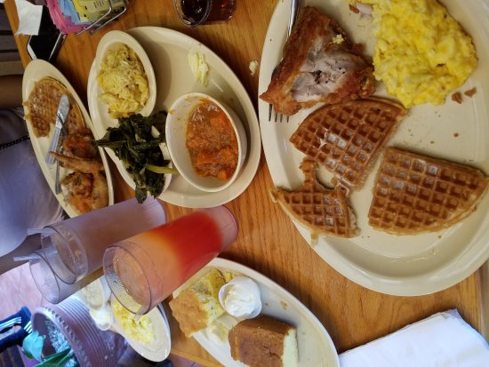 Roscoe's House of Chicken & Waffles: 20170625_124051_large.jpg