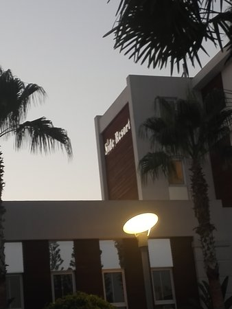 Side Resort Hotel: TA_IMG_20170625_203209_large.jpg