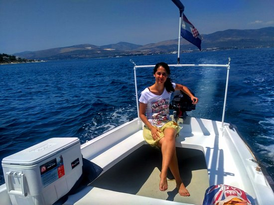 Slatine, Croacia: cruising