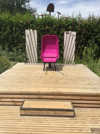 Chaumont-sur-Loire, France: A playful exhibit at the festival for Game of Thrones fans
