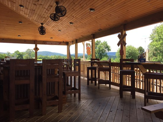 Fairfield, PA: Exteriior Bar with Mountains in Background