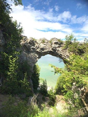Arch Rock: photo2.jpg