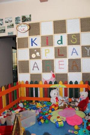 Ambrosia: Kids Area