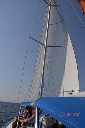 Captain Panos Sailing: Full sail ahead!