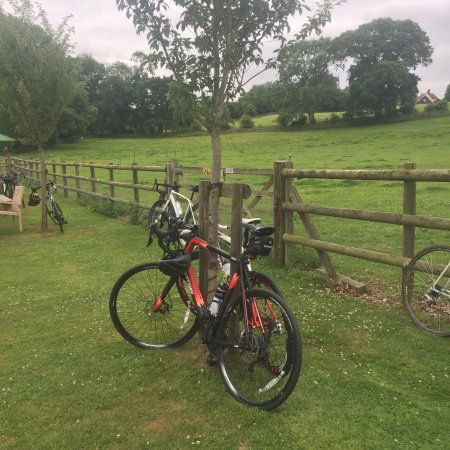 Dedham, UK: Cyclists welcome! Drop in for coffee and cake!