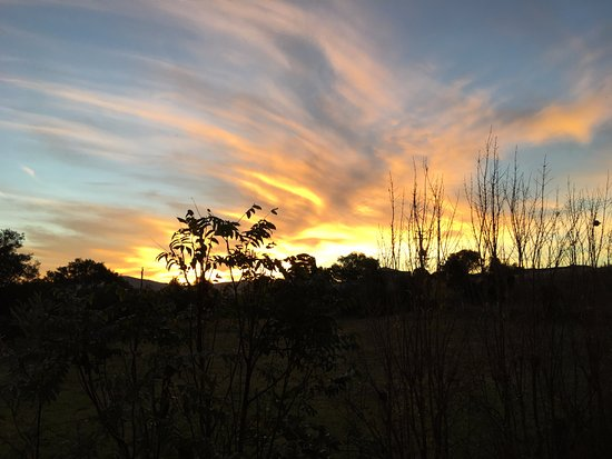 Boonah, Αυστραλία: Look at that gorgeous sunset!