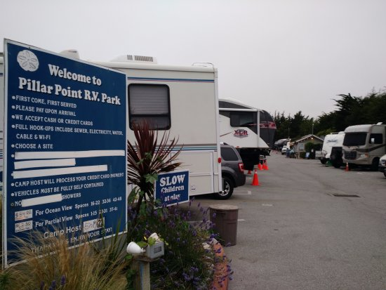 Pillar Point RV Park : Signage