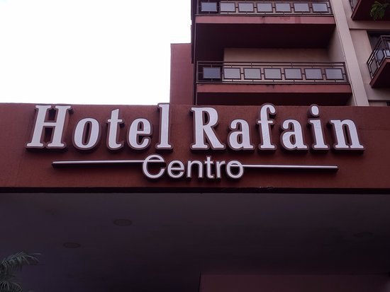 Fachada do hotel Rafain Centro