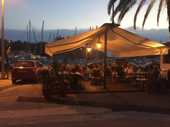 Milna, Croazia: Konoba Dupini