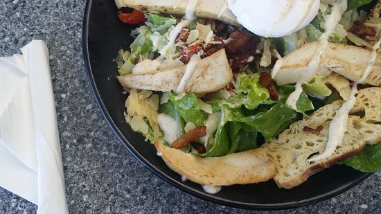 Advancetown, Australia: cesear salad