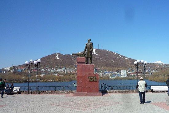 Monument to Vasilii Stepanovich Zavoiko