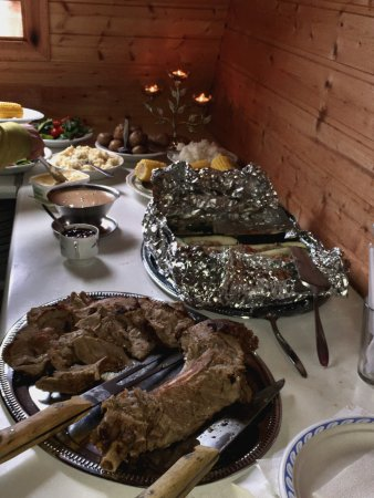 Selfoss, Island: Nuphestar - Heart of Iceland - BBQ Lamb feast