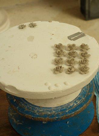 Belleek, UK: Clay Flowers Ready for Application