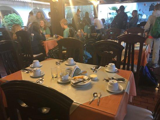 هوتل سنيوريال: Breakfast is great!
