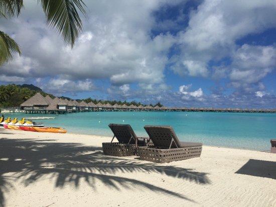 The St. Regis Bora Bora Resort: photo2.jpg