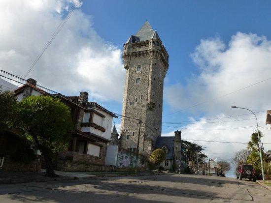 Torre Tanque : Desde lejos