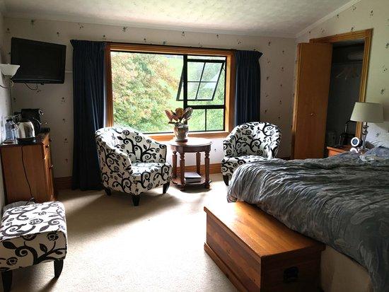 Hamurana Lodge Photo