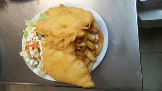 Campbellford, Canadá: 2 pc halibut dinner