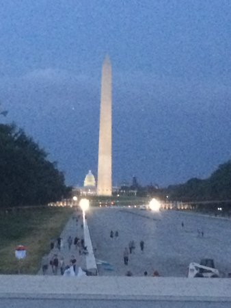 Lincoln Memorial: No water in the reflecting pool so people were walking in it