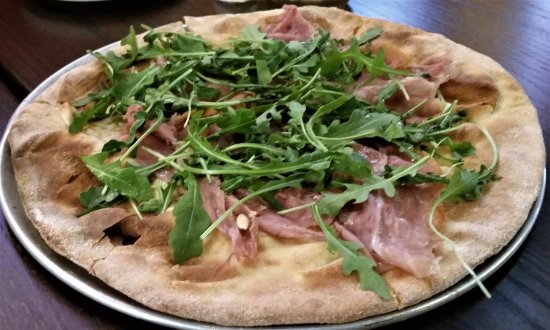 Clifton Park, NY: Seven Special w/ prosciutto, arugula, fresh squeezed lemon, and missing the mozzarella.