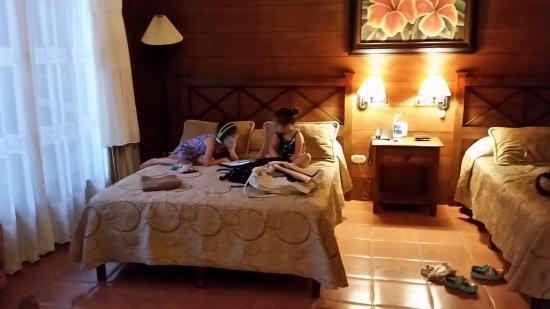 Hotel El Silencio del Campo: 20170622_174428_large.jpg